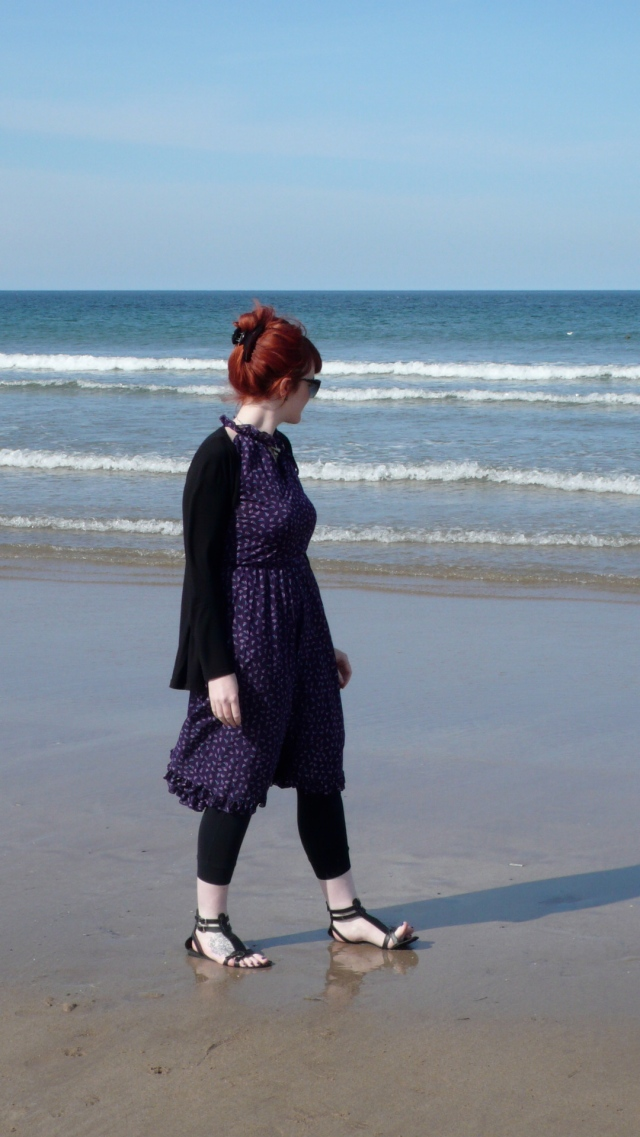 Girl Vintage Dress Beach Seaside