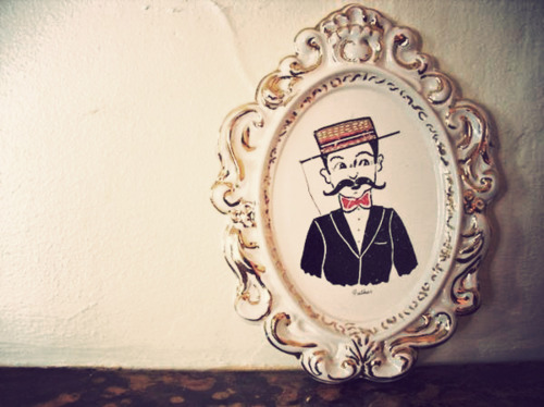 Frenchman Cameo Art Moustache