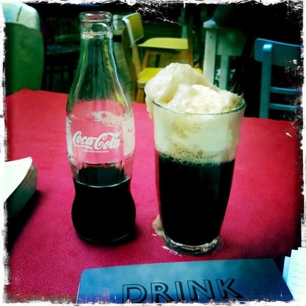 Ice Cream Float Drink Shop Do