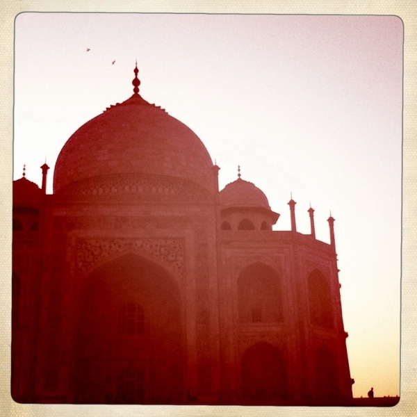 Taj Mahal Hipstamatic Vintage Red Tint