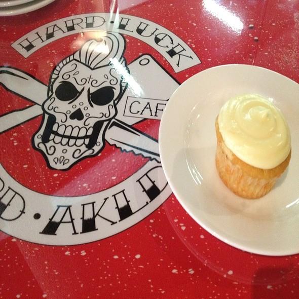 Hard Luck Cafe cupcake